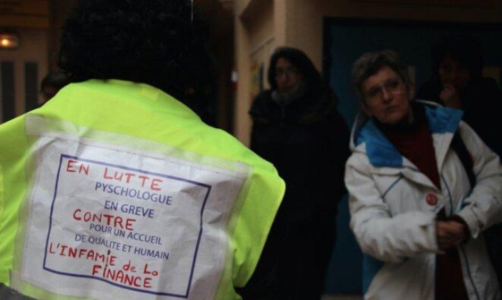 Devant la polyclinique de Tarbes. © Emmanuel Riondé