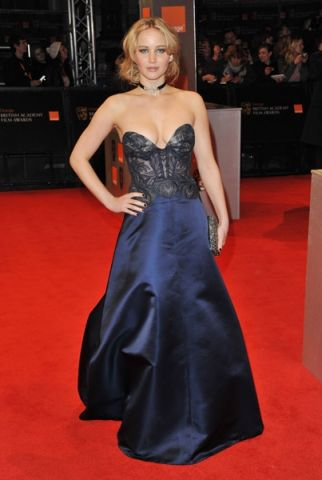 8aeh BAFTAs: Jennifer Lawrence in Stella McCartney %tag