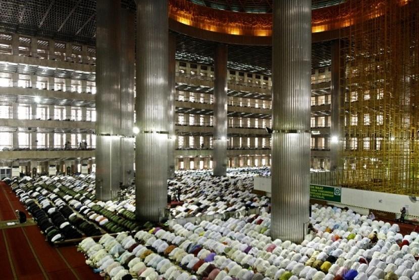 Umat Islam Indonesia (Ilustrasi)