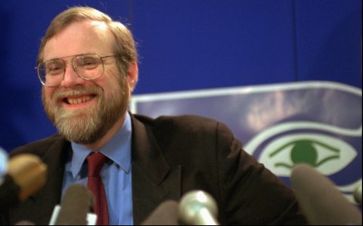 Paul Allen, Microsoft co-founder and Seahawks owner, dies at 65   The Seattle Times