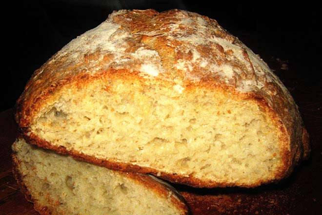 Old-Style Crusty White Bread Recipe — Hartford House
