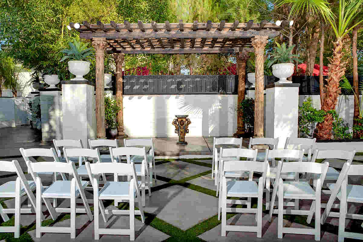 boutique chapel wedding chapel las vegas Outdoor Wedding Chapel Las Vegas
