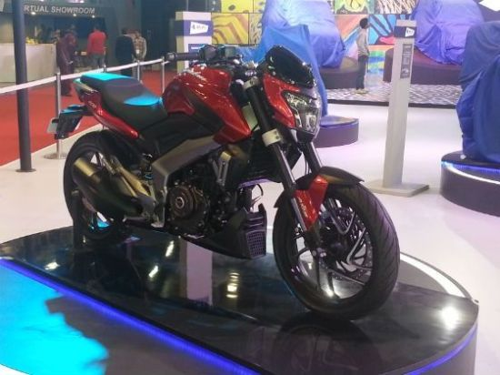 bajaj cs 400 2014 auto expo image pic 622014 m1 560x420 Bajaj Pulsar CS 400 preview