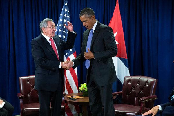 Obama and Raúl Castro Meet as U.S.-Cuba Ties Deepen - The New York Times