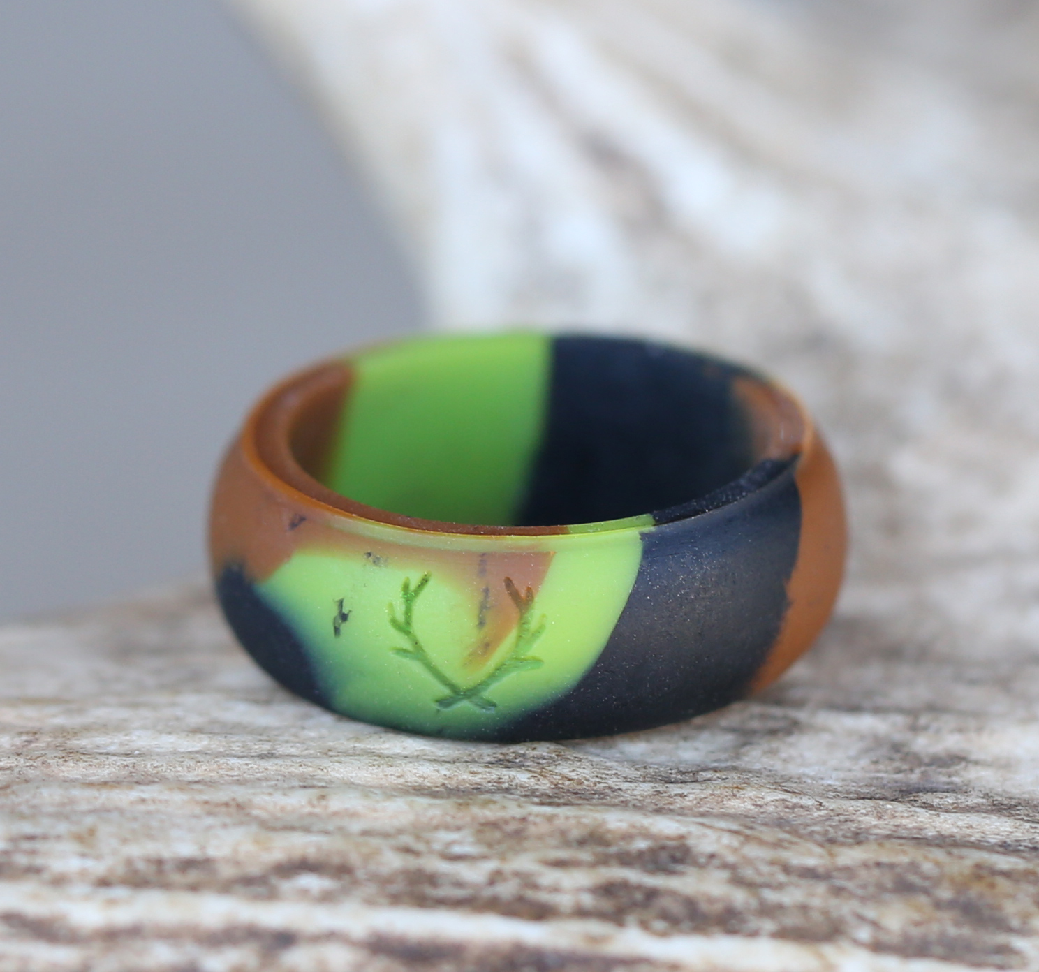 wear in the wild rings safety wedding band Camo silicone wedding band