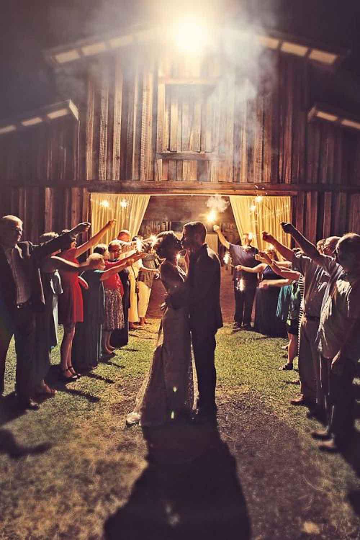 16 rustic barn wedding reception ideas wedding send off ideas Barn Sendoff JPG
