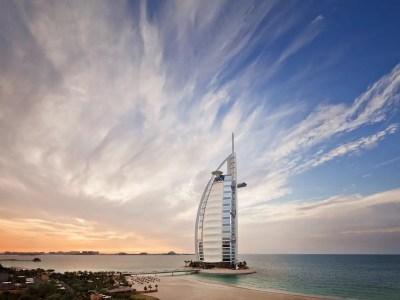 Burj Al Arab Hotel in Dubai - Business Insider