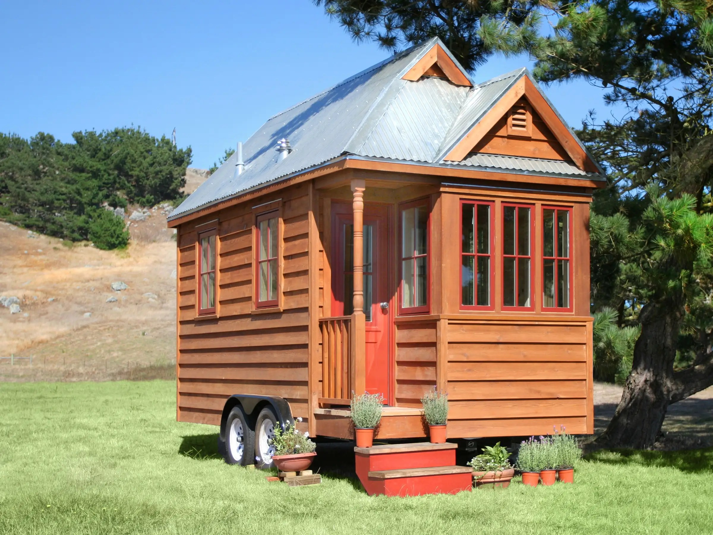 Plain Living In A Tiny House Be Thoughtful Before Moving Into And Ideas