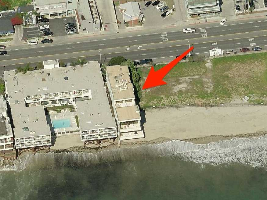 There's also the 8,800-square-foot home on Malibu's Carbon Beach, also known as Billionaires Beach. It appeared on the market for $12.5 million in 2012, but it doesn't appear to have been sold.