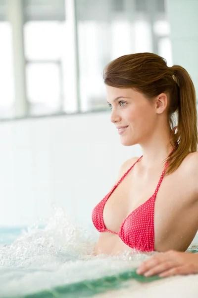 mature bikini contest