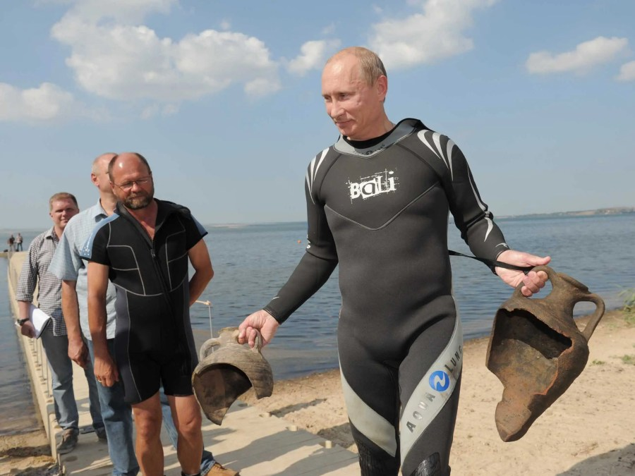 """The hunt was """"successful,"""" given that Putin found two amphorae that were placed there by the archaeologists beforehand."""