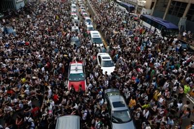 Hong Kong Protesters Aren't Going Anywhere Despite Massive Police Crackdown - Business Insider