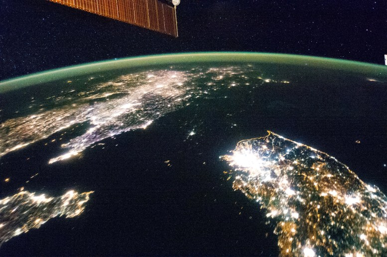 iss earth at night from space
