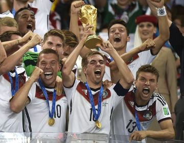 Lahm_World Cup Trphy