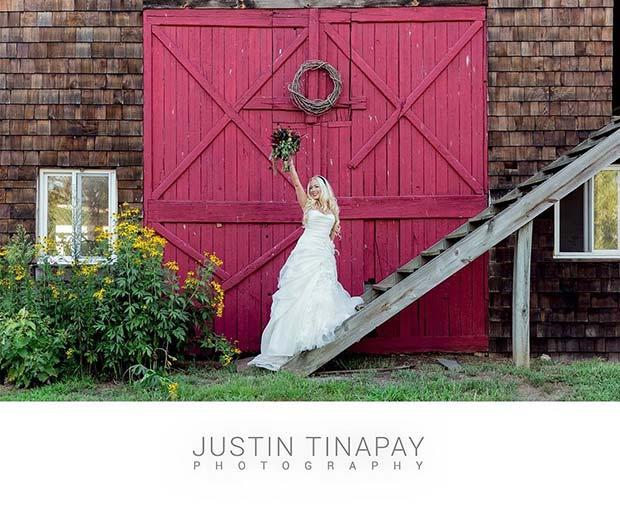 Rustic Barn Idea for an Outdoor Wedding
