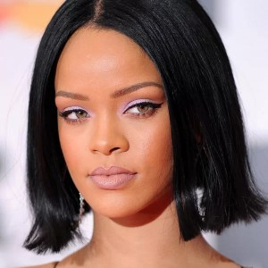 rihanna-beauty-look