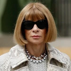 anna-wintour-colar-brilho-oculos-escuro