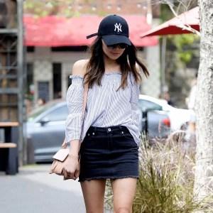street-style-look-saia-jeans-tenis-branco