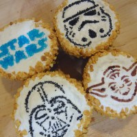 Milk Chocolate Peanut Butter Cupcakes... in a Galaxy Far, Far Away