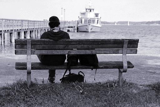 bench-401881_640