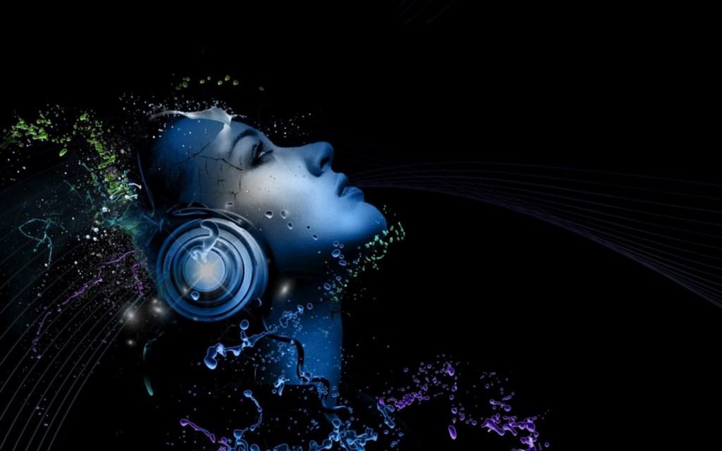 3d_dj_girl_with_headphone_