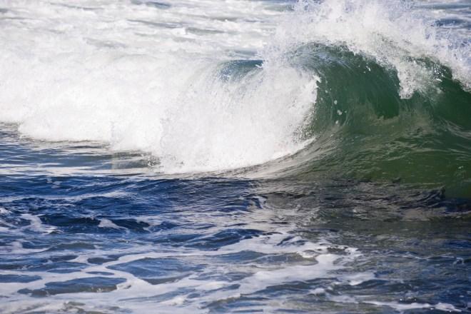 Waves1-061609-7119