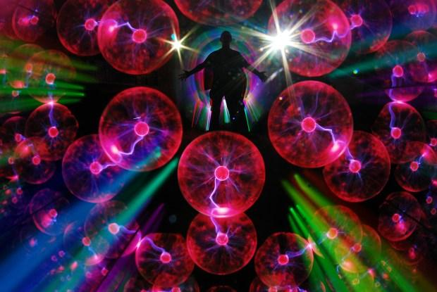 Kaleidoscopic Teleportation