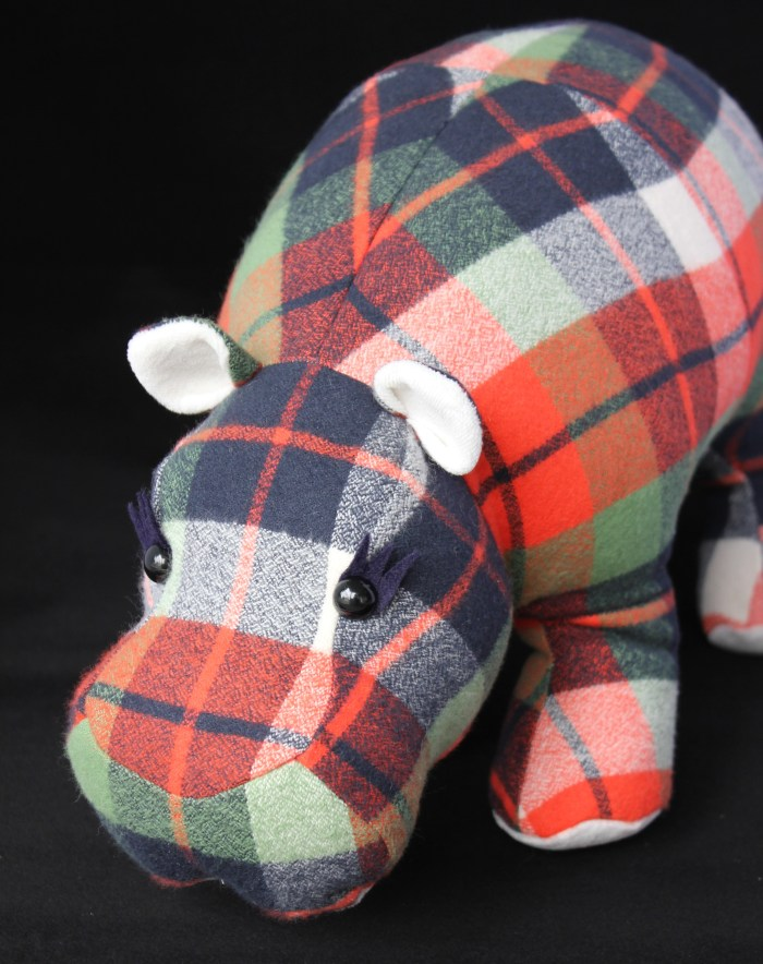 plaid hippo, by Stitchified