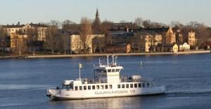 речной трамвайчик в Стокгольме