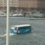 туристический автобус - амфибия