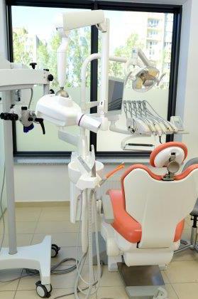 estetyczna odbudowa zębów