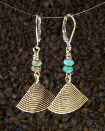Turquoise Beads Earrings with Silver Fan