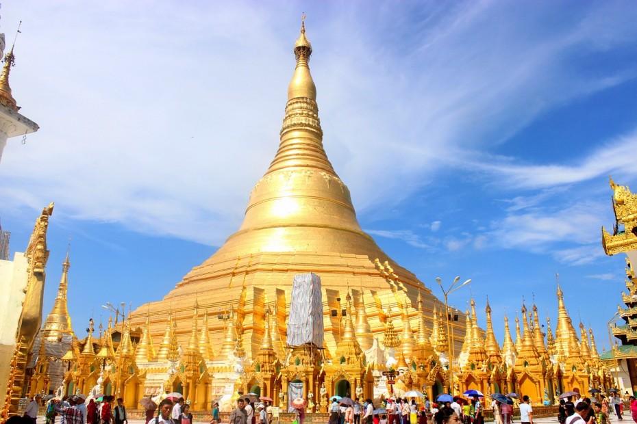 shwedagon-pagoda-666763_1280