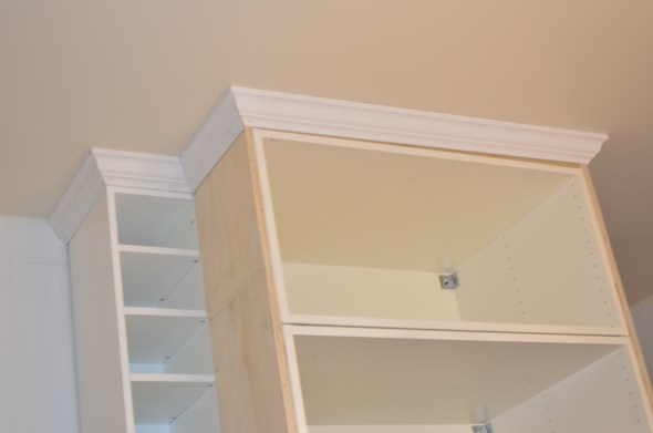 ceiling height cabinets with crown molding