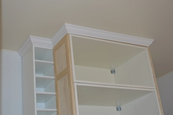 crown molding north wall