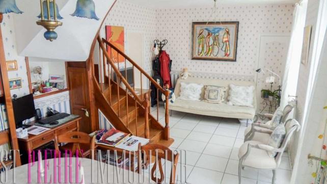 vente coquette petite maison quai maurice metayer a niort immobilier