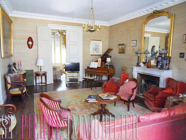 vente grande maison de ville a niort st pierre immobilier