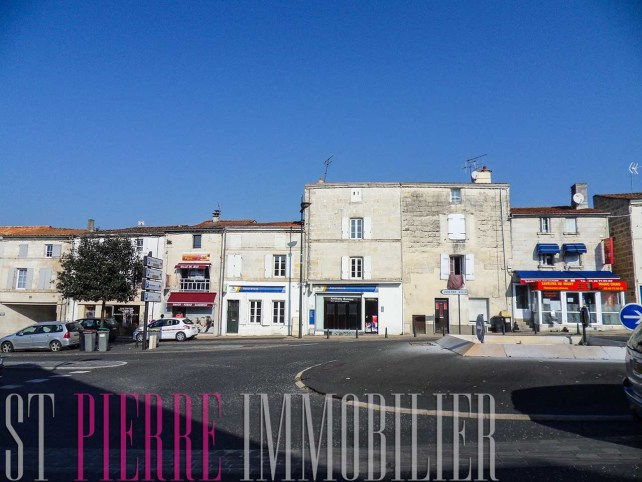 immeuble rapport avenue paris niort local commercial