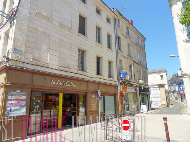 immeuble rapport local commercil centre ville niort