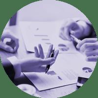 Straightlines - johtamisen konsultointi - asiakasprojektin selvitykset