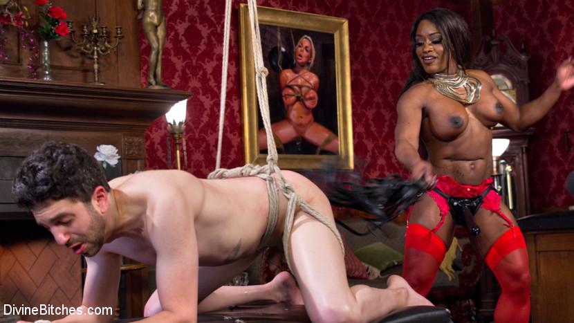 muscular women spanking men