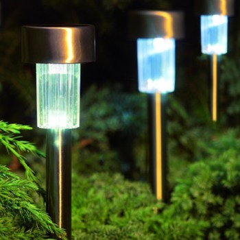Cole & Bright 18452 Solar Marker Light available from Strawberry Garden Centre, Uttoxeter