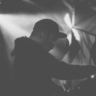 Mr. Carmack – Something About You Baby ft. B-Bravo and Parvizi