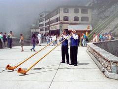 Swiss Alpine Horn Players - Pilatus Kulm, Luze...