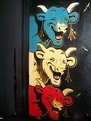 Trois Françaises mortes de rire