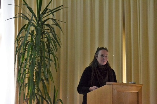 Christine Geesing: UuPS – Urbanes Projekt Strohbau