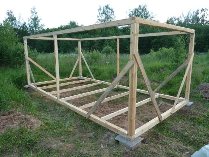 Постройка сарай на даче