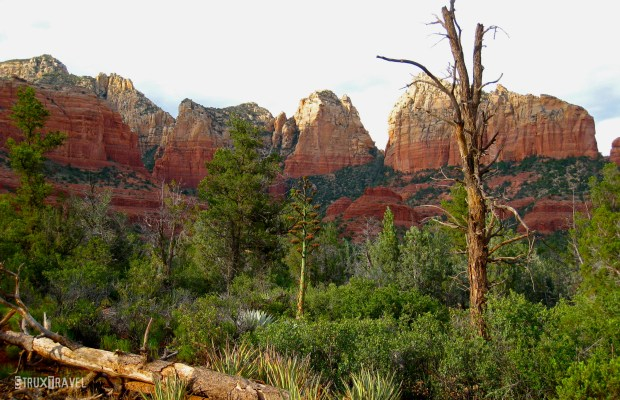 It's magic hour in Sedona. As the sun slowly dips into the horizon, the majestic sandstone buttes and monoliths flare a brilliant orange and fiery crimson. Located 120 miles north of Phoenix, Sedona's sublime natural landscape provides a stunning backdrop for outdoor activities of all kinds. And for some, even […]