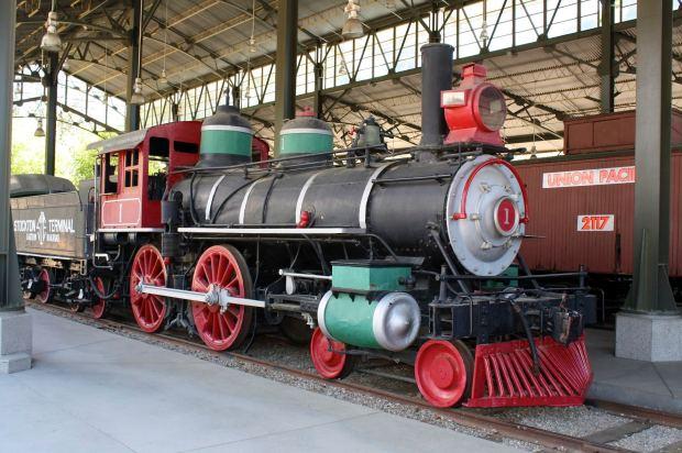 Travel Town, Trains