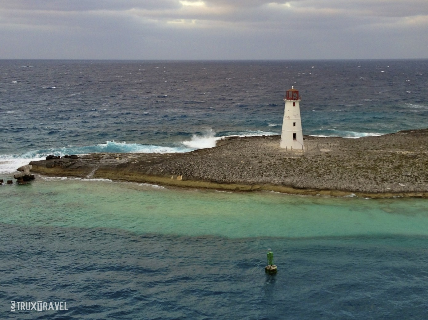 photo essay lighthouses of the world protecting the entrance to the harbor at nassau in the this lighthouse is located at the western end of paradise island just a couple miles from